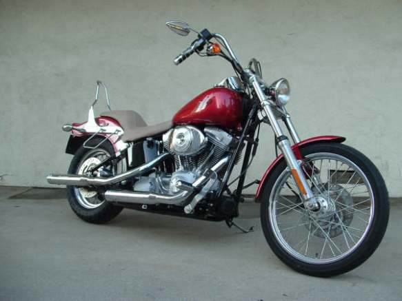"88 Cubic inches of fuel injected ""go fast"", my 2004 Harley Davidson FXSTi Softail"
